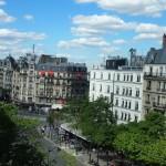 パリの5月、初夏モードな人々にまじって。