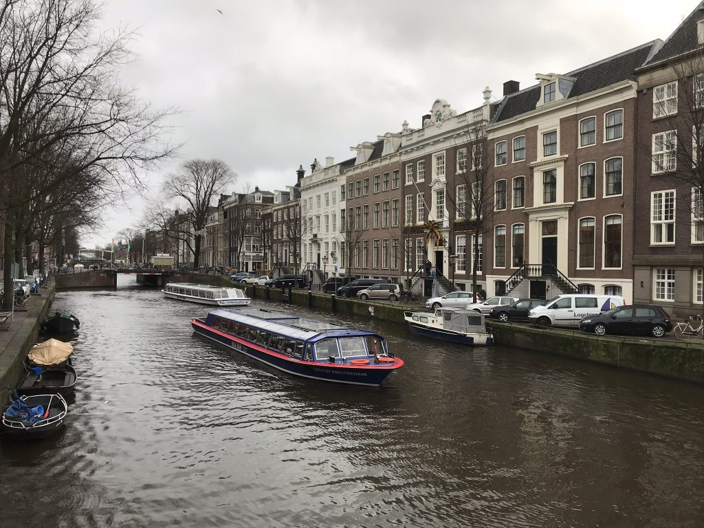 canal_cruise